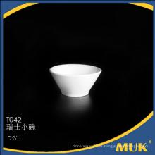 Nuevo diseño especial durable del trazador de líneas de la llegada nuevo hueso fino pequeño platillo de cerámica de cerámica