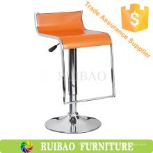 Ruibao Дешевые Цена ABS Пластиковый барный стул с подставкой для ног