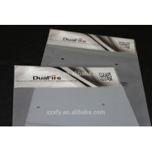 Cabezal impreso y bolsa de plástico autoadhesiva con cremallera