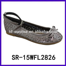 2015 nuevos zapatos vendedores calientes del brillo de los cabritos zapatos divertidos de los cabritos calzan el zapato