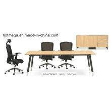 China Mesa moderna de la reunión de la oficina simple del diseño con las piernas del metal