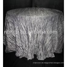 Wunderschöne Tischdecke mit zerkleinerten Taft