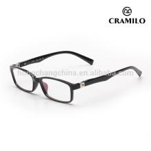 montura de gafas blancas de óptica