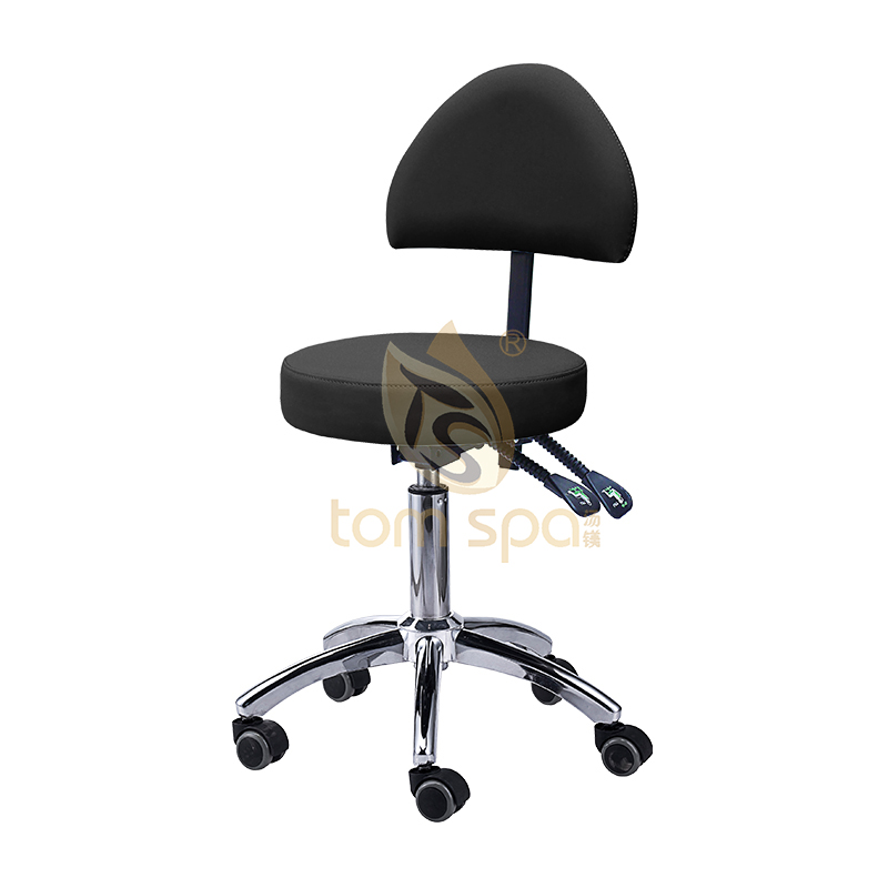 Rolling Master Chair with Back