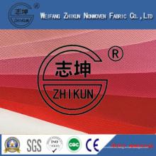 Diversa tela no tejida de los PP Spunbond de los colores rojos para los bolsos de compras / los bolsos