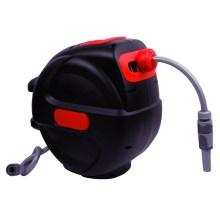 Enrollador de manguera eléctrico retráctil con rebobinado automático
