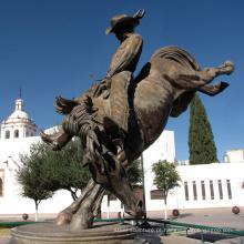 fundição de bronze grande estátua de cavalo de cowboy de cobre ao ar livre