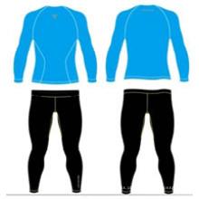 Camisas sublimadas azuis conservadas em estoque