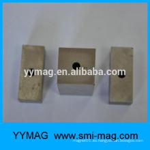 Gran imán de bloque de Alnico con un agujero para sucker magnético