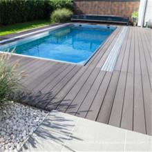Plate-forme extérieure de haute résistance de WPC pour des environnements de piscine et de station thermale