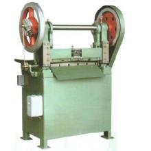 Machine à couper en caoutchouc