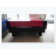 Máquina de grabado y corte láser a buen precio para la industria textil