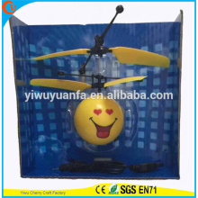 Alta calidad Interesante Heli Ball Corazón Sonrisa Cara Interacción con Rayos Infrarrojos Mini Artesanía Flying Ball
