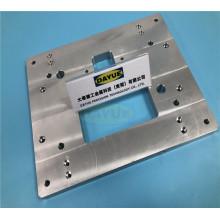 Fraisage CNC de précision usinant des pièces en aluminium pour la machine