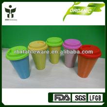 Caneca de bambu eco-friendly com tampa