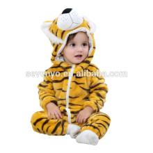 2018 populaire mignon tigre animal tissu, doux bébé flanelle barboteuse Animal Onesie pyjamas tenues costume, vêtements de couchage