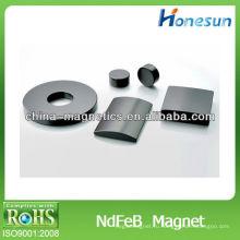 Спеченные Неодимовый магнит с отверстием, черный zn, N35, 50 x 20 x 20