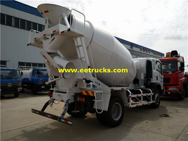 5 CBM Concrete Mixing Vehicles