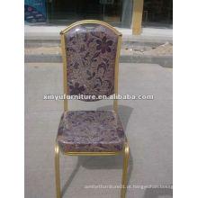 Cadeiras de banquete de ouro alto