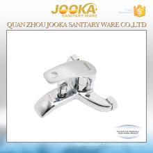 Wall mounted bath mixer faucet
