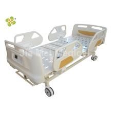 Cama de hospital médico com trilhos