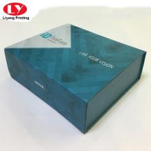 Caja de cartón cuadrada magnética plegable de bufanda