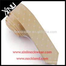 Gravata Skinny do poliéster do nó perfeito feito a mão de 100% para meninas