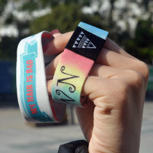 Vente en gros Custom Logo / Design Bracelets et bracelets en tissu promotionnel