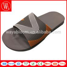 Pantoufle faite sur commande d'homme de mode de conception de haute qualité, pantoufle de plage en gros