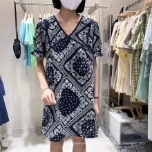 Estoque de tecido de impressão 100% algodão para as mulheres se vestem