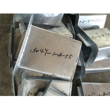 Pièces galvanisées galvanisées de fabrication en métal d'IMMERSION chaude pour l'escalier externe de construction