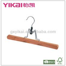 Cabide de madeira de cedro de alta qaulity cabide