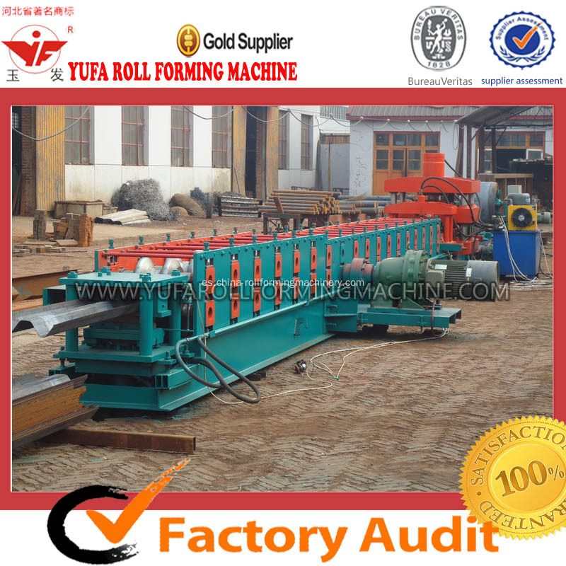 Famoso Brand Highway Barandilla Roll Forming Machine