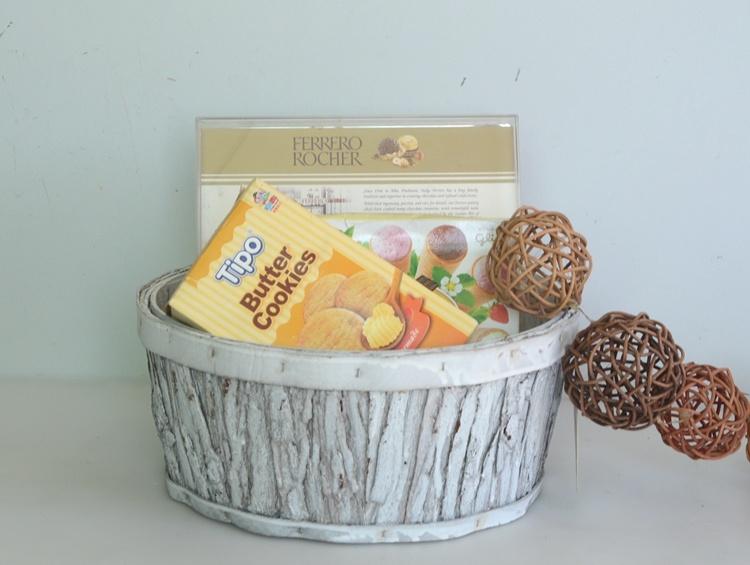 Round wash white wood bark handicarft flower basket-1