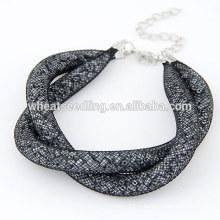 Bracelet à cordes de serpent simple à l'arrivée