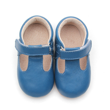 Zapatos de cuero suaves en color azul T-bar para niños de Solid Color
