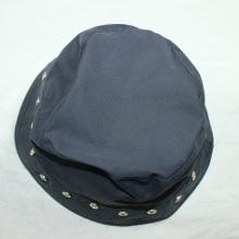 Sombrero / casquillo azul marino de los remaches para el adulto
