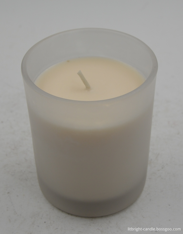 Jar candle with perfume