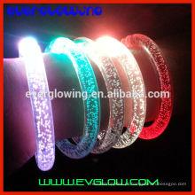 pulseira com luz led para festa de noite