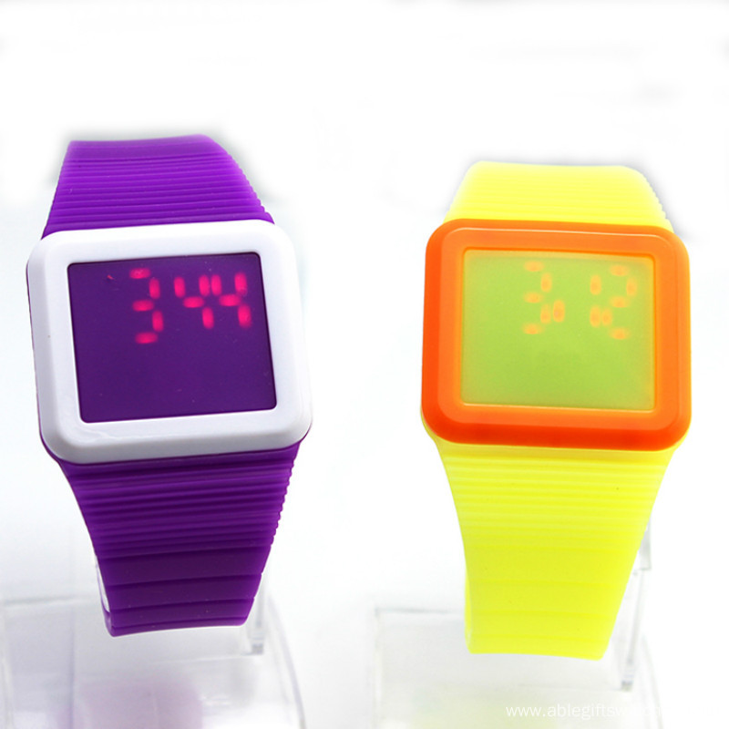 Hot Sale Children LED Silicone Band Digital Watch