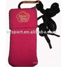 Knitted mobile phone pouch