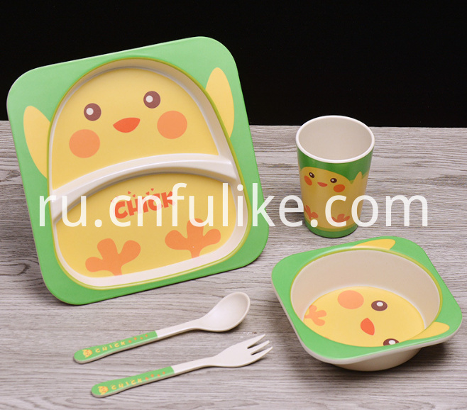 Bamboo Childrens Dinnerware