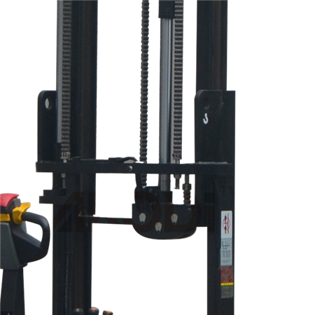 Heavy Duty Reach Forklift