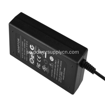 Enkel utgång 15V5.33A Desktop Power Adapter