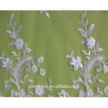 Elfenbein gestickte Blumen-Sequins-Spitze-Gewebe-Hochzeits-Kleider, Dekorationen 52 '' No.CA105AB
