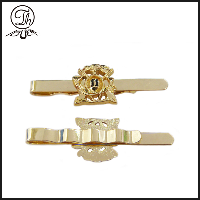 Gold Destroyer tie pin metal