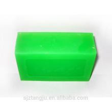 Com sabonete transparente de fragrância