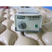 Matelas à air médical à usage unique avec pompe empêchant le matelas de suture APP-B01