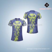 Bonne qualité polyester 2017 nouveau style hommes chemises de compression