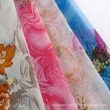 Elegant and wrinkle-free lucency printed chiffon fabric